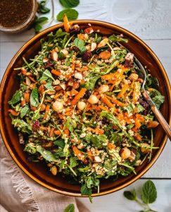Kinoalı Vegan Salata