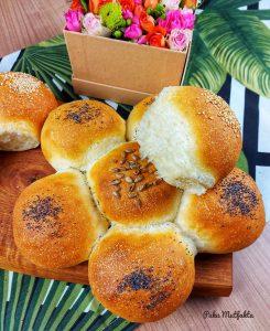 Yumuşacık Çi̇çek Ekmek