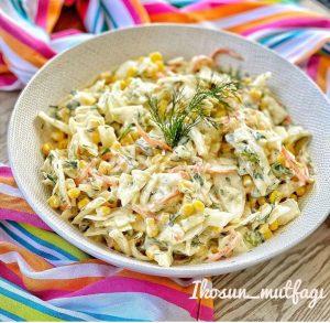 Soslu Lahana Salatası